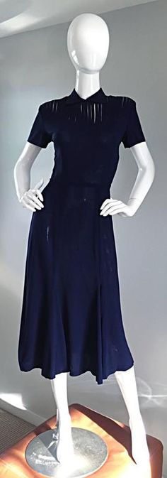 Chic 1940s 40s Navy Blue Crepe + Nude Illusion Vintage Day Dress