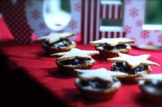 My Gluten Free Fruit Mince Pies are sure to please the most discerning wheat pastry lovers in all the land. Enjoy and let me know how you go! Gluten Free Grains, Gluten Free Treats, Gluten Free Flour, Gluten Free Cookies, Dairy Free Recipes, Baking Bad, Paleo Baking, Benefits Of Gluten Free Diet, Fruit Mince Pies