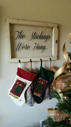 Stocking hanger with old window and vinyl lettering More pane ideas vinyl Noel Christmas, Green Christmas, Christmas Signs, Country Christmas, Christmas Projects, Winter Christmas, All Things Christmas, Holiday Crafts, Christmas Decorations
