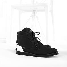 Vans colabora junto con Publish Brand eligiendo la silueta Breton Boot y dándole un to...