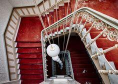 Standard Perspektive by brokenview, via Flickr