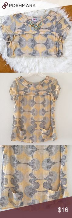 Vera  yellow printed blouse with pockets Absolutely lovely super soft yellow print blouse  in great condition! Please check out my closet for other great items! Anthropologie Tops Blouses