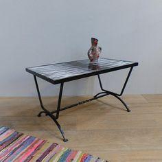 Table Basse De Salon Vintage En Fer Forge Et Carrelage Noir Et Blanc Table Side Table Decor