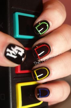 Guitar hero nails!!! I love this :)