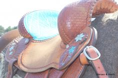 turquoise breast collars for horses | ... ://www.horsesandheels.com/2012/08/double-saddle-turquoise-addition