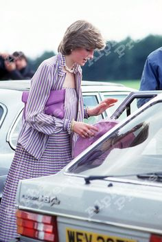 16/06/81 PRINCESS DIANA WITH HER SILVER FORD ESCORT AT SMITH'S LAWN IN WINDSOR