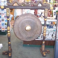 Tibetan Gong in psychic reality.