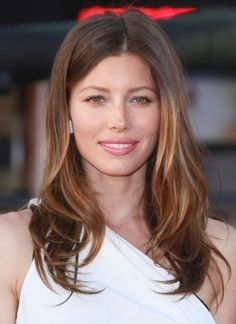 Art Top celebrity hair color makeovers of hair-beauty Latest Hairstyles, Celebrity Hairstyles, Layered Hairstyles, Jessica Biel, Celebrity Hair Colors, Long Layered Hair, Ombre Hair Color, Stylish Hair, Great Hair