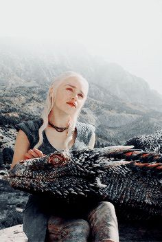 when you play a game of thrones you win or you die : Photo