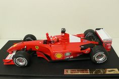 Currently at the Catawiki auctions: Hotwheels - Scale 1/18 - Ferrari Formule 1 - 2001 Worldchampion Michael Schumacher