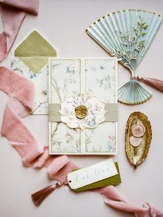 This understated chinoiserie inspired wedding shoot at Homme House was inspired by beautiful trinkets and decorative items from all over Asia Creative Wedding Invitations, Wedding Invitation Suite, Wedding Stationary, Chinese Wedding Invitation Card, Invite, Wedding Card Design, Wedding Designs, Chinoiserie, Wedding Paper