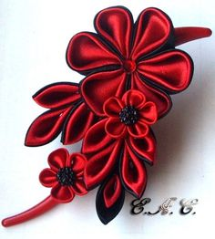 Kanzashi purple white ladies gItems similar to Headband of flowers kanzashi on Etsy Ribbon Jewelry, Ribbon Art, Ribbon Crafts, Flower Crafts, Cloth Flowers, Satin Flowers, Diy Flowers, Fabric Flowers, Fabric Flower Tutorial