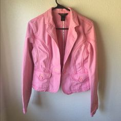 Rocawear pink Jean jacket Only wore once good condition Rocawear Jackets & Coats Jean Jackets
