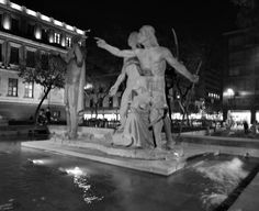 "AUDELO PACHECO EDUARDO SALVADOR ""ESTATUAS"" 23/01/16 APERTURA  2. 8 VELOCIDAD 1/1. 3 ISO 100 Greek, Art, Night Photography, Aperture, Nocturne, Statues, El Salvador, Fotografia, Art Background"