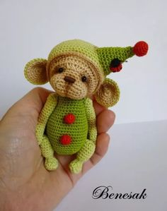 Thread artist crochet miniature Bear-Monkey by Benesak
