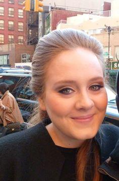I lover her smile! Adele Love, Adele 25, Adele Music, Adele Adkins, Stunningly Beautiful, Her Smile, My Favorite Music, Girl Crushes, Role Models