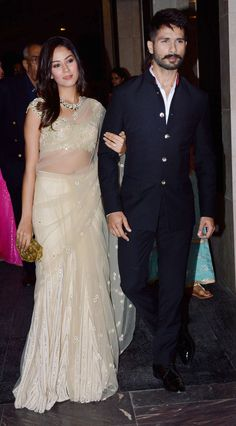 Shahid and Mira look so so cute together!