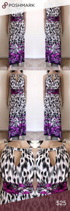 🌹 Beautiful Print Maxi Dress 🌹 Beautiful Print Maxi Dress. Dress has keyhole cutouts and tie back around the waist line. Blooming Rose Dresses Maxi