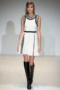 Gucci Fall 2014. red carpet prediction: emma stone