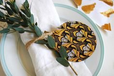 3 Ideas for Leftover Wrapping Paper