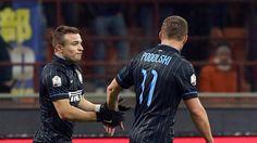 Glückliches Duo bei Inter Mailand: Xherdan Shaqiri netzt nach Podolski-Vorlage ein http://www.focus.de/sport/fussball/glueckliches-duo-bei-inter-mailand-xherdan-shaqiri-trifft-auf-vorlage-von-lukas-podolski_id_4422082.html