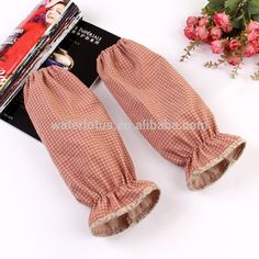 Promotional wholesale Fashion High quality wavelet point splicing warm winter cotton working oversleeves for kitchen
