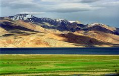 Planning A Trip To Jammu and Kashmir? Here's our list of 6 Top Tourist Places To Visit In Jammu and Kashmir. Bangladesh Travel, Pakistan Travel, India Travel, Tourism India, Travel Nepal, Ladakh India, Leh Ladakh, Goa India, Tourist Places