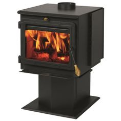 Summers Heat ft Wood Burning Stove at Lowe's. Introducing the SmartstoveTM Wood Stove line. Stepping forward into the next generation of wood heat, the Automatic Air Setback (AAS) system makes fires Best Pellet Stove, Wood Pellet Stoves, Us Stove Company, Lowes Wood, Wood Furnace, Stove Accessories, Stove Fireplace, Fireplace Ideas, Bedrooms