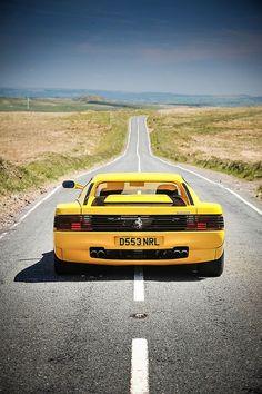 Le plaisir de conduire une Ferrari.