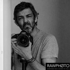 Ricardo Silva é um fotógrafo que nunca abandona o raciocínio customer centric por detrás duma fotografia profissional. É um marketeer habituado a analisar de forma constante, pessoas comportamentos e tendências, mas que nunca se separa da sua visão de fotógrafo e da sua paixão pelo enquadramento perfeito e pela Luz