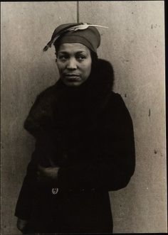 Zora Neale Hurston ~ was an American folklorist, anthropologist, and author during the time of the Harlem Renaissance. Classy.