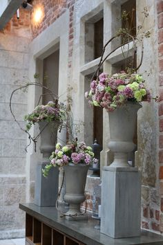 Pastel & antique wedding reception in the heart of Cracow, Poland by artsize.pl