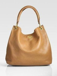 93067993cf928 gucci handbags uk  Guccihandbags Sac Week End