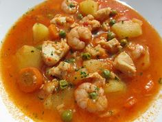 Guiso de patatas marinero We would like to introduce you to a helper who will… Spanish Dishes, Spanish Food, Spanish Kitchen, Spanish Cuisine, Mexican Food Recipes, Healthy Recipes, Ethnic Recipes, Patatas Guisadas, Kneading Dough