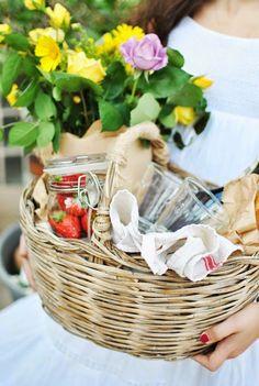 Beautiful Gift Basket Idea!!!