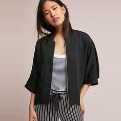 Rank & Style - Cartonnier Jaye Cape Jacket #rankandstyle