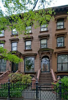 Washington Avenue Brooklyn brownstone by techpro12, via Flickr