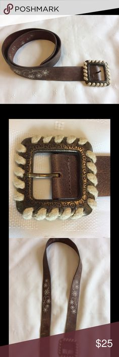 """Great boho hippie leather belt. Genuine leather with white floral stitching.  Rope wrapped buckle.  1 1/2"""" wide.  Approx 40"""" long without buckle.  6"""" from tip to notch farthest from tip.   Has some wear as shown in pictures. Sz L/G Accessories Belts"""
