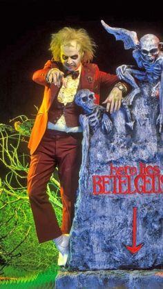 Beetlejuice Movie, Beetlejuice Halloween, Tim Burton Beetlejuice, Tim Burton Art, Tim Burton Films, Frankenstein, Tim Burton Characters, Movies And Series, Tv Series