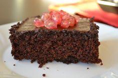 Jelikož měla tahle čokoládová  vlhká buchta  (ano, stále se tomu smějeme jako puberťáci) velký úspěch a hodně lidí po mně chtělo recept, byl...