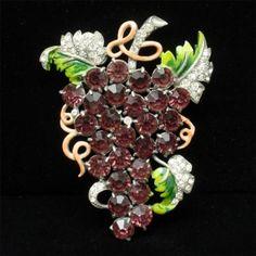 Grapes Pin Staret Vintage Brooch Foil Back Purple Rhinestones Enamel Iconic Huge