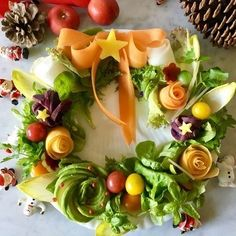 Christmas Salad Recipes, Christmas Party Food, Christmas Goodies, Holiday Recipes, Raw Food Recipes, Low Carb Recipes, Appetizer Recipes, Food Carving, Party Finger Foods