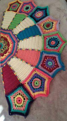 Ideas crochet mandala afghan link for 2019 Crochet Keychain Pattern, Crochet Pillow Patterns Free, Crochet Shoes Pattern, Crochet Basket Pattern, Manta Crochet, Crochet Mandala, Crochet Doilies, Crochet Yarn, Free Crochet