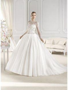 Закрытое недорогое свадебное платье
