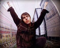 Liam Oasis Live Forever, Liam Gallagher Noel Gallagher, Oasis Music, Beady Eye, G Photos, My Big Love, Britpop, Wonderwall, Paul Mccartney