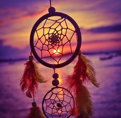 See what Juli Aguirre Leiva (chuaguirre) found on We Heart It, your everyday app to get lost in what you love. Night Sky Wallpaper, Fall Wallpaper, Woodstock, Dream Catcher Wallpaper Iphone, Dreamcatcher Wallpaper, Arts And Crafts Kits, Dream Catcher Art, Night Scenery, Native American Symbols