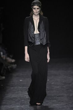 Paris Fashion Week: Ann Demeulemeester