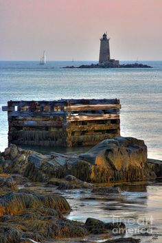 ✯ Whaleback Lighthouse - Mouth of the Piscataqua River, Maine