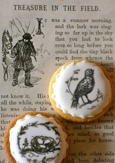 The bird cookie was stamped and then details added with an edible ink pen, the nest cookie was drawn freehand. Bird Cookies, Edible Cookies, Tea Cookies, Favorite Holiday, Holiday Fun, Snow Cake, Adult Birthday Party, Hearth And Home, Kitchen Witch