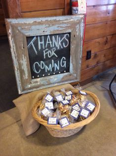 Chalkboard sign and ready to pop popcorn.. i always love this as favors... and we could mix in caramel corn for the rustic color.